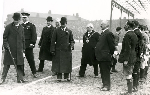 King George V being introduced to City players