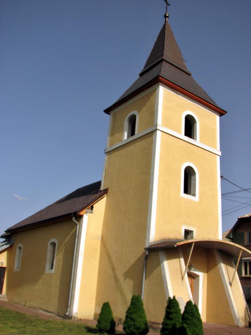 Kostol vo Veľkých Stracinách