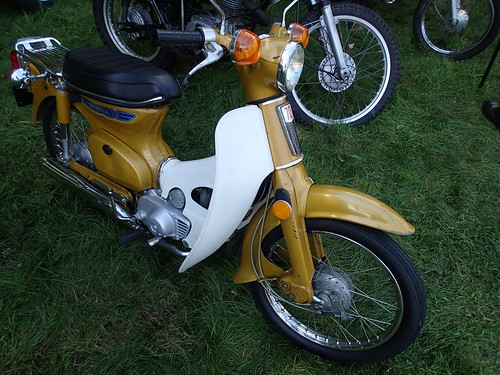 the bike I wanted to go home with ... Honda C70 Super Cub