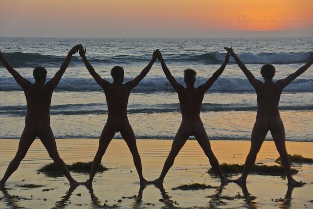 naturist 0000 Blacks Beach, San Diego, CA, USA
