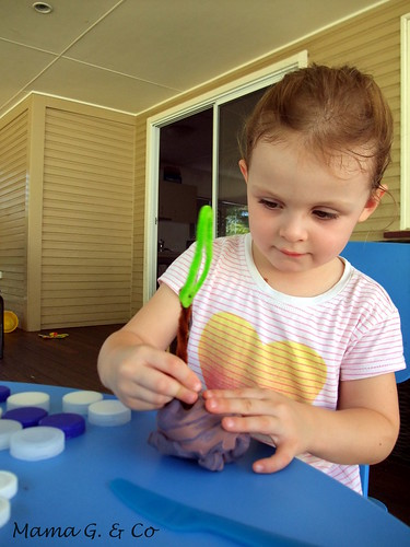 Activity a day #1 - Playdough (9)