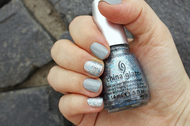 15 China Glaze Lorelei's Tiara + Essie Maximillian Strasse Her