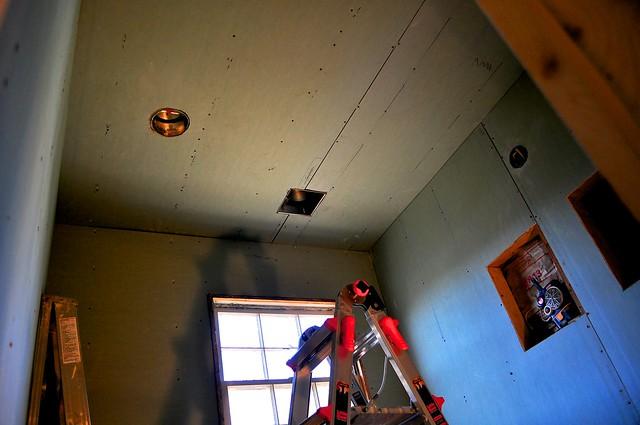 2012-02-12 Bathroom insulation and sheetrock 03