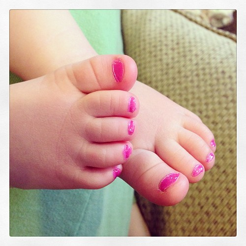 Pretty little #piggies  #babyfeet