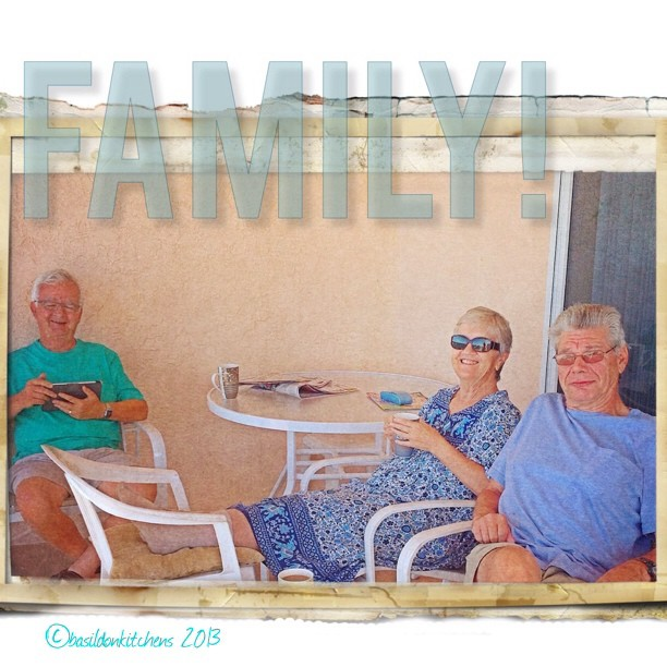 Sep 21 - family {these are the people in my family that are on vacation together} #photoaday #family #florida #madeirabeach