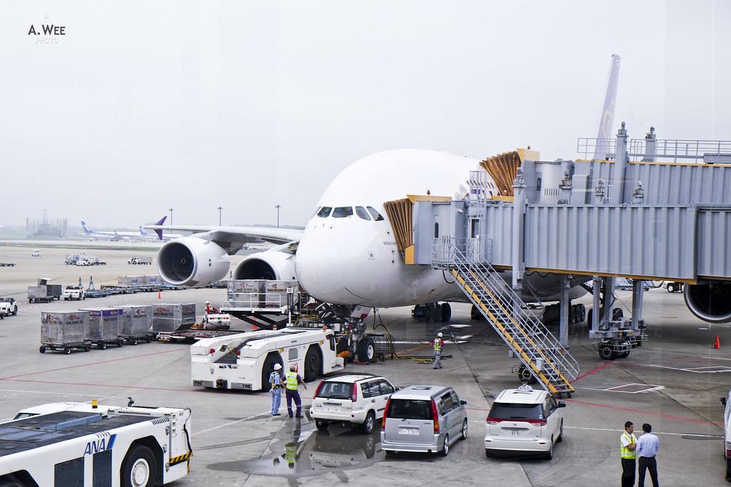 Boarding Thai's A380
