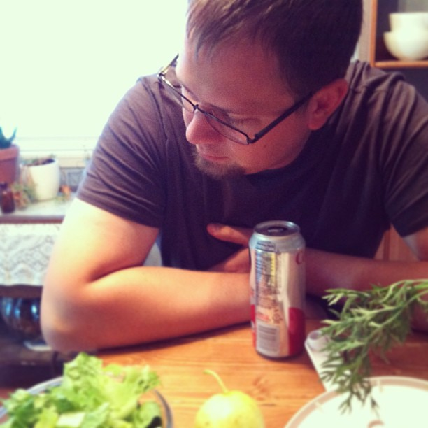 my love, so patient while I chop my veggies and take photos