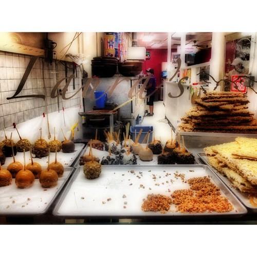 Laura's Sweet Shop - Estes Park CO by @MySoDotCom