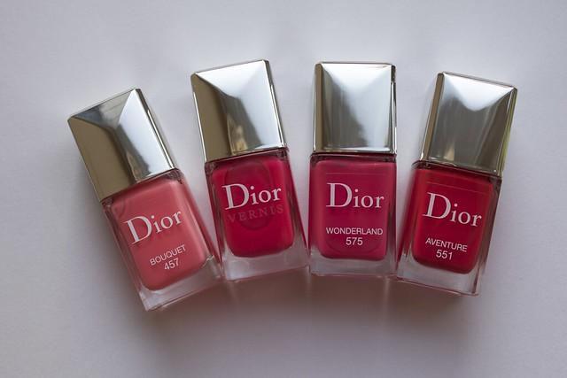 07 Dior 575 Wonderland cpmparison swatches