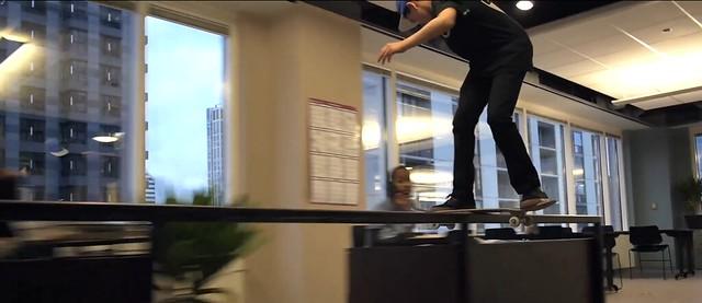LES BUREAUX FONT OFFICE DE SKATE-PARK 21