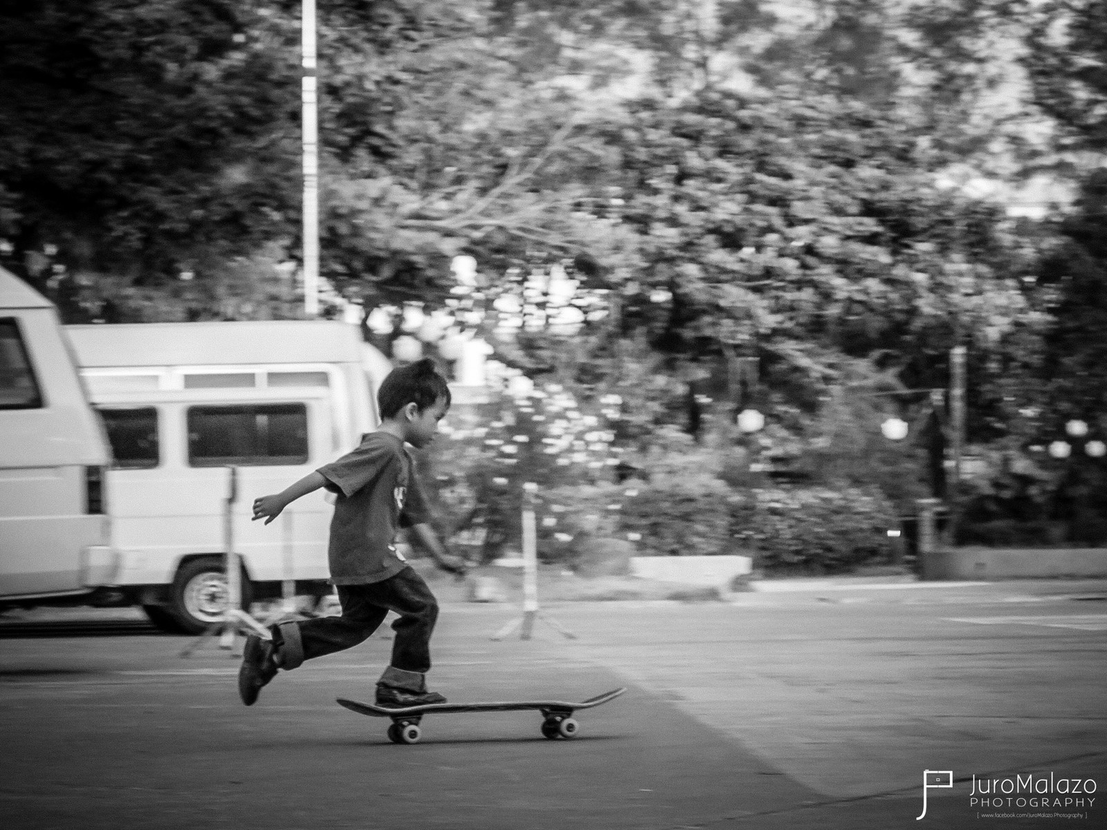Let's Get Rollin'. by Juro Malazo