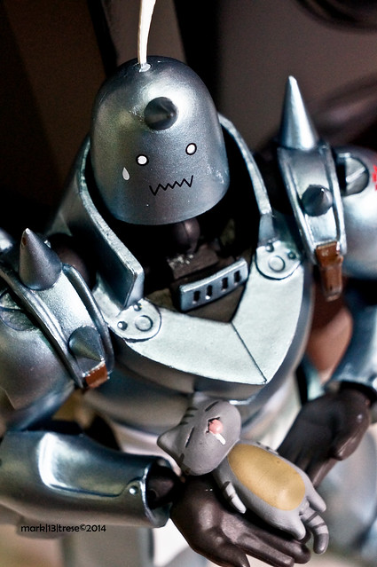 Revoltech Alphonse Elric and Niconico Nekomura Sleeping and droolling Cat ear phone jack plug