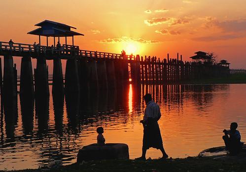 Amarapura. U Bein bridge at sunset - MYANMAR