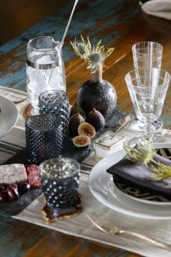 Table Settings - JM 13