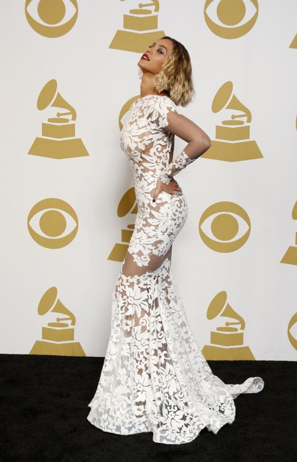 Beyonce Wears Sexy Sheer White Dress at Grammys 2014