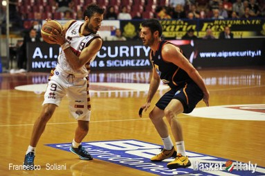 Reyer - Roma: Sasha Vujacic vs Lorenzo D'Ercole