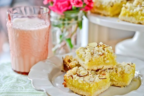 Lemon-Almond Bars