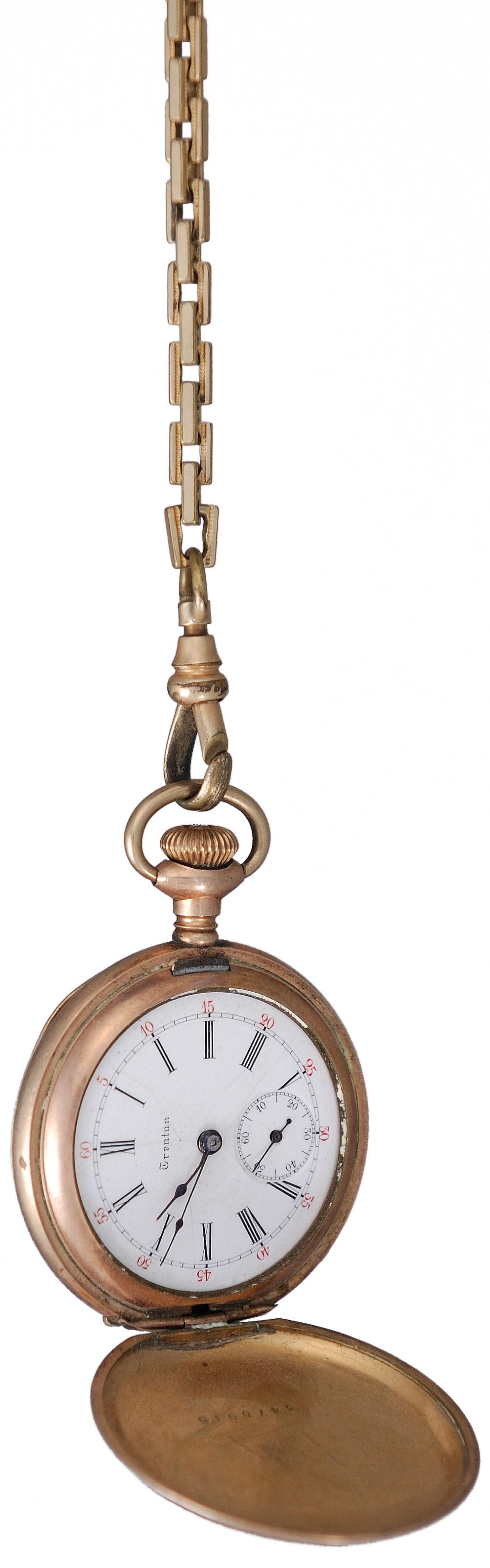 Foto gratis de un reloj antiguo con cadena