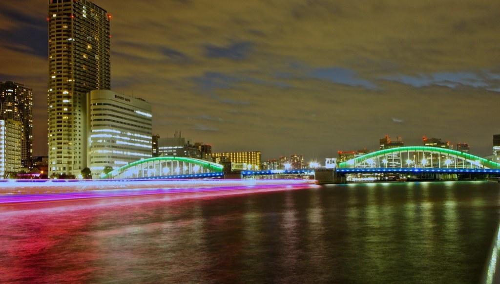 Kachidoki Bridge - Ships trail at night