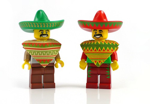 71004 LEGO Minifigures The LEGO Movie Series Taco Tuesday Man 05
