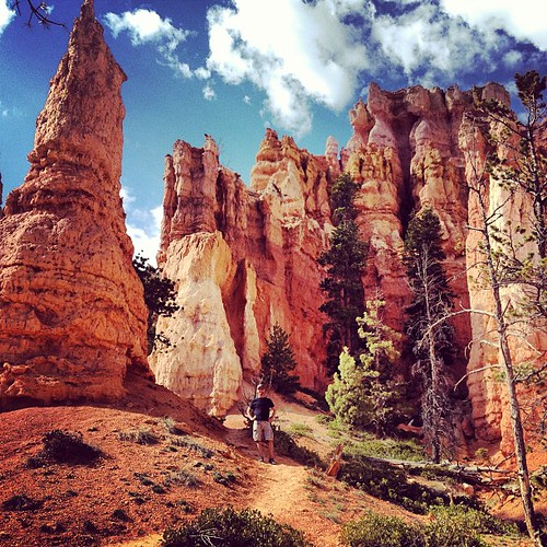 Hangin with some hoodoos #brycecanyon #nationalparks #utah