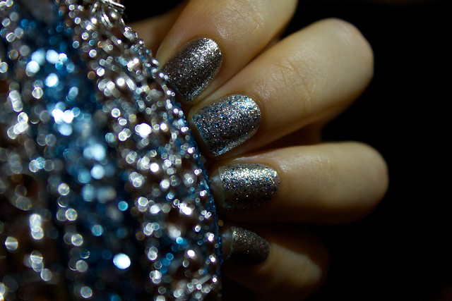 16 China Glaze Lorelei's Tiara
