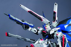 Metal Build Freedom Gundam Prism Coating Ver. Review Tamashii Nation 2012 (92)
