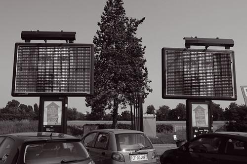 Italien: Kunst als Rauminstallation: Ralph Ueltzhoeffer