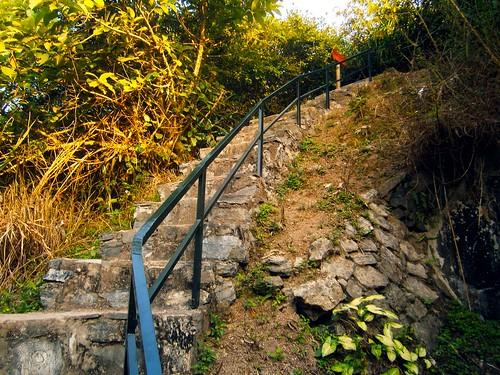 CatBa_Cannon_Staircase
