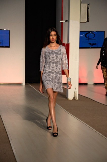 Gray see-through short dress  - Intermoda Trends