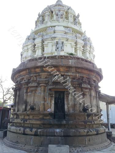 Gajaprushta Vimanam. Kamakshi Amman Sametha Somanatheswarar Koil, Somangalam