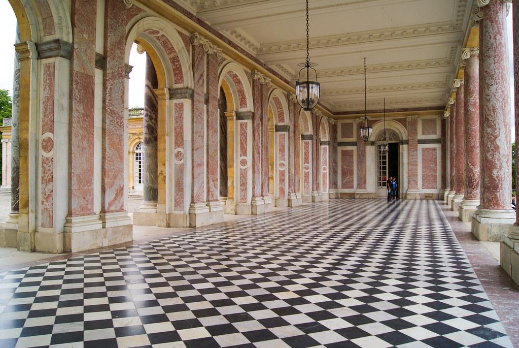 Arcades du Grand Trianon
