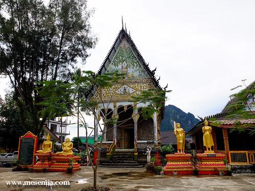 temple a Vang Vieng