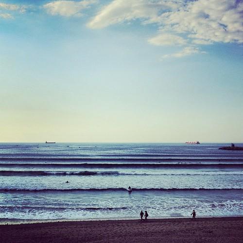 LOOKS GOOD. IM LUCKY AS ALWAYS. I love sunset surfing... あーしあわせ。今日も一日ありがとう。