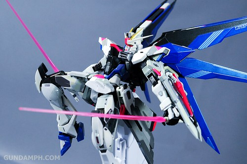 Metal Build Freedom Gundam Prism Coating Ver. Review Tamashii Nation 2012 (57)