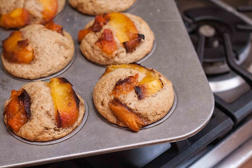 Ginger Peach Muffins with Oat Flour (6 of 8)