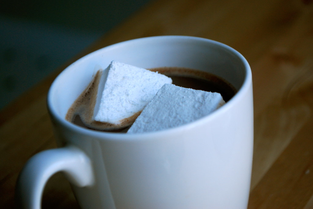hot cocoa with homemade marshmallows