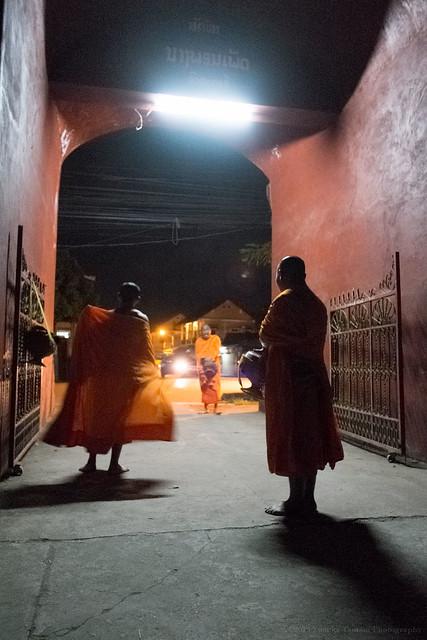 Alms, Wat Manolom, Luang Prabang, Laos