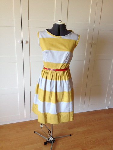 Yellow stripe 9929 -- front w/belt