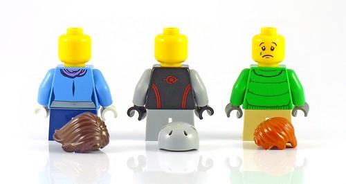 LEGO 10229 Winter Village Cottage figs03