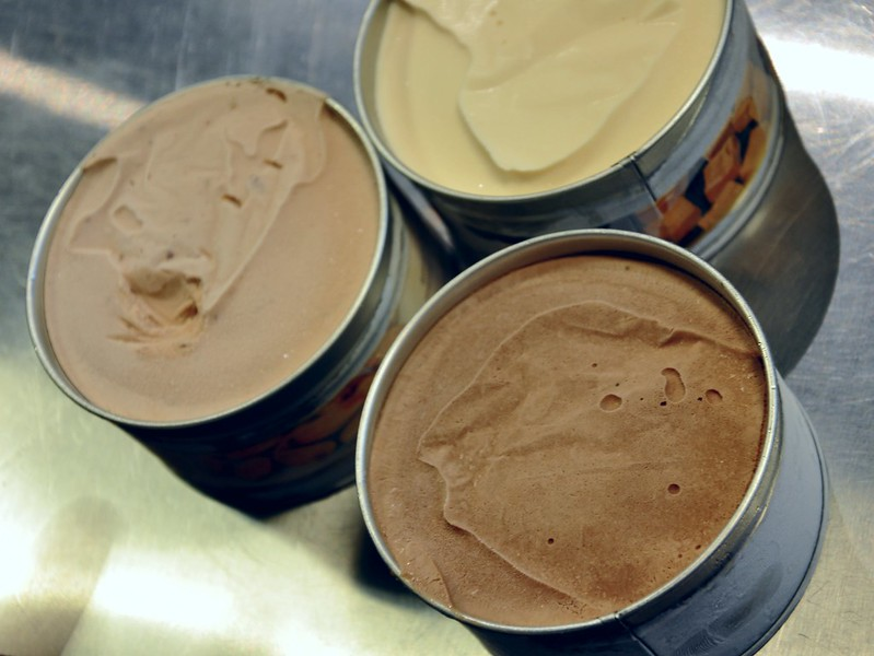 Yellow Cab Ice Cream - Amaretto with Roasted Almonds, Chocolate and Salted Dulce de Leche