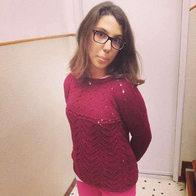 Margherita nordica indossata! #knit #knitting #knittingfriends #instaknit #iolavoroamaglia #inverno #lavoroamaglia #fattoamano #handmade #ravelry #rowan #yarn #emmafassio #emmafassioknitting