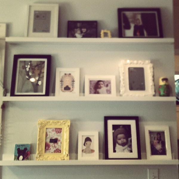 Since I'm going to Ikea today I thought it'd be wise to finish putting up the shelves I got last time I went to Ikea.