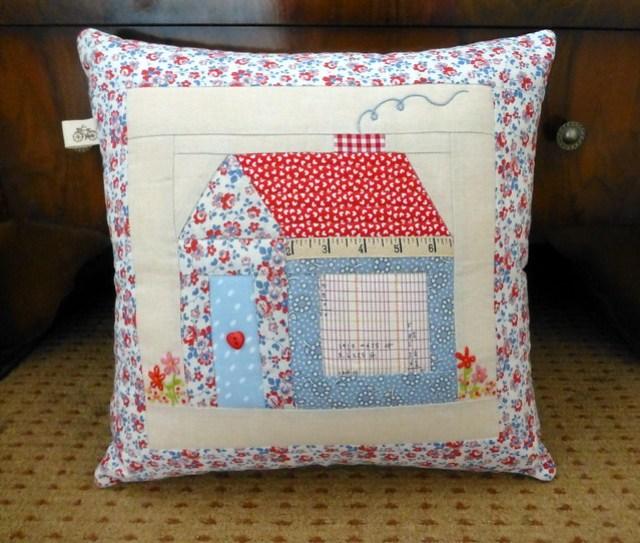 Foundation Pieced Schoolhouse Cushion Class Sample