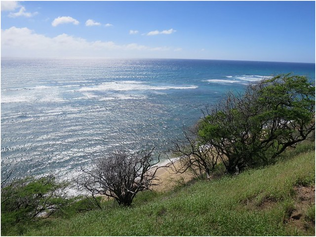 Hawaii-Oahu-Kuilei Cliffs