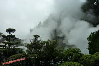 P1060586 Infierno Umi Jigoku (Beppu) 13-07-2010