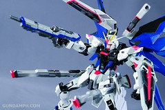Metal Build Freedom Gundam Prism Coating Ver. Review Tamashii Nation 2012 (85)