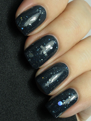 KBShimmer Will Yule Marry Me (layered over Essie Mind Your Mittens)
