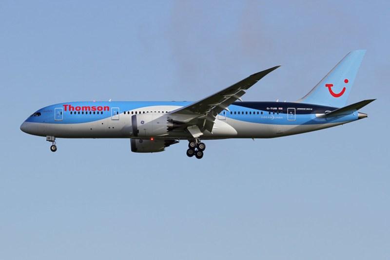 G-TUIB 787 Thomson