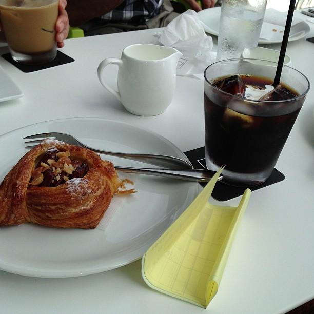コーヒーも美味しい(^з^)-☆